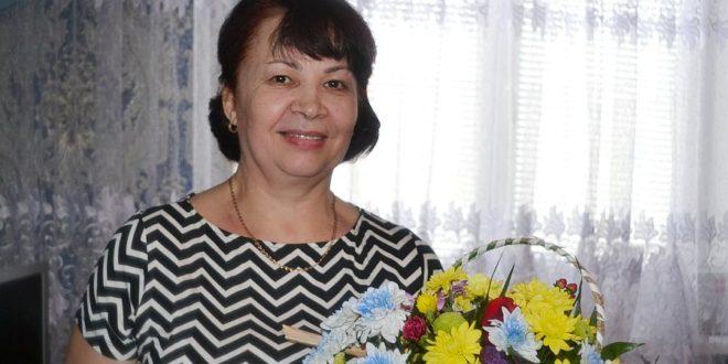 Flori pentru Lucia URSAN din orașul Ocnița!