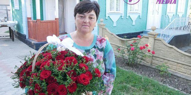 Flori pentru Tamara Burcovschii din Sauca, raionul Ocnița!