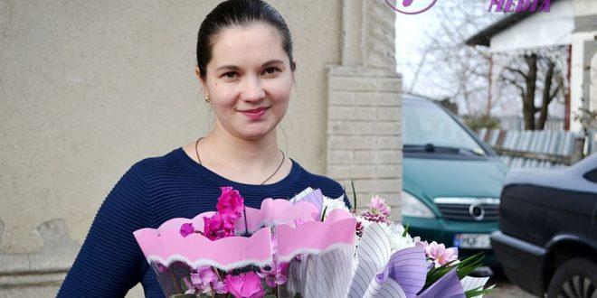 Flori pentru Natalia TARPAN din Sauca, raionul Ocnița!