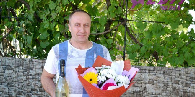 Felicitări cu ocazia zilei de naștere pentru Iurie Antoniuc!