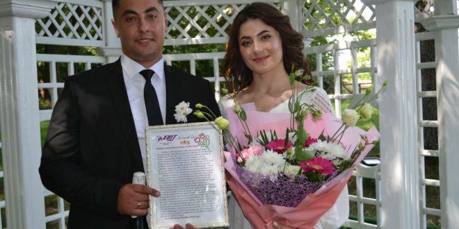 O surpriză pentru mirii Dan și Cristina, cu ocazia nunții!